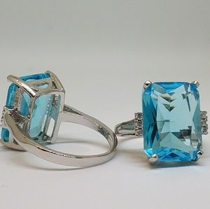 Jewelry - NWOT Aquamarine 16 Karat Statement Ring Size 5.75